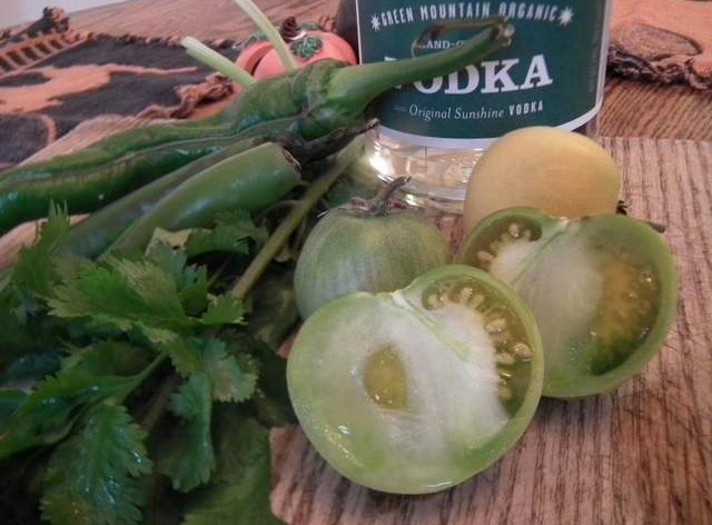 Green-Tomato-Infused-Vodka