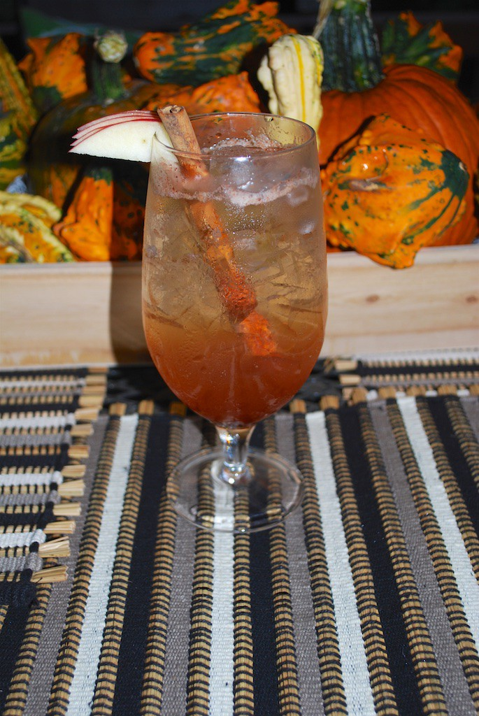 A Fall Favorite Drink - Apple Pie Cocktail