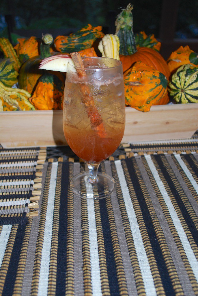 Apple Pie Cocktail for Fall